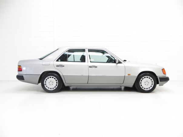 For sale mercedes w124 230e for Mercedes benz w124 for sale